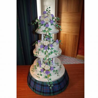3 tier Version with Tartan Cake Stand