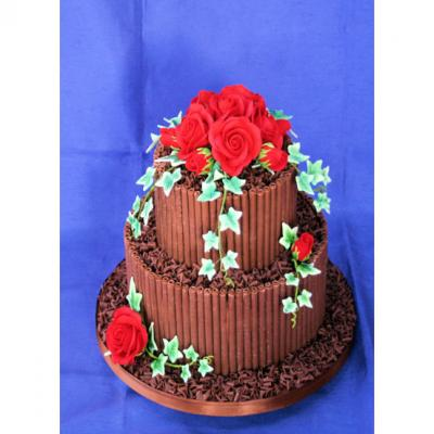 Chocolate Cake with Red Sugar Roses