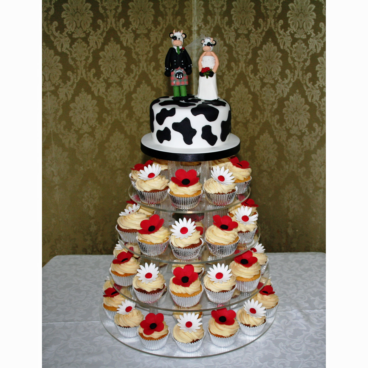 Cupcakes with Bride and Groom Cows