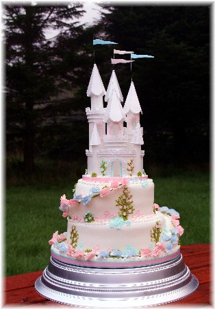 Fairytale Castle on top of a decorated Wedding Cake