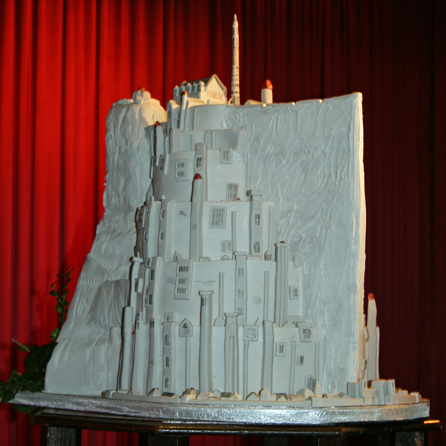 Minas Tirith - Lord of the Rings Wedding Cake