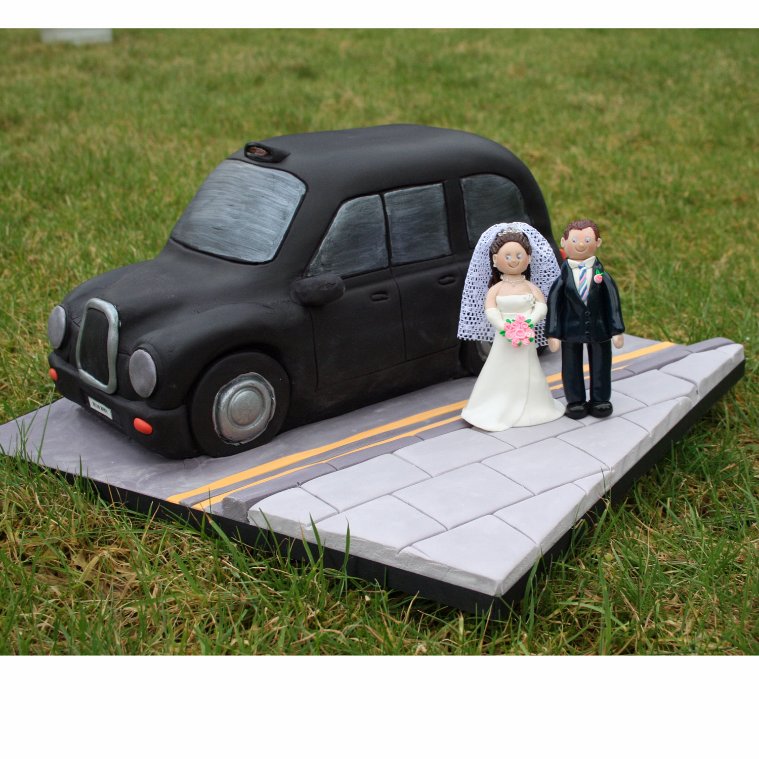 London Taxi Wedding Cake