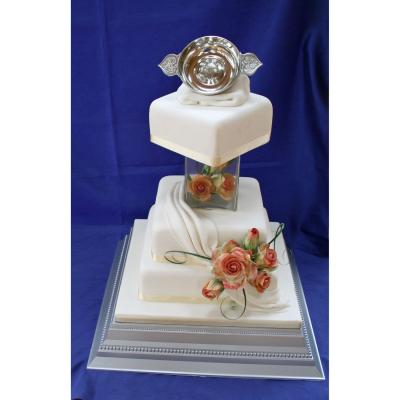 Wedding Cake with a Scottish Quaich