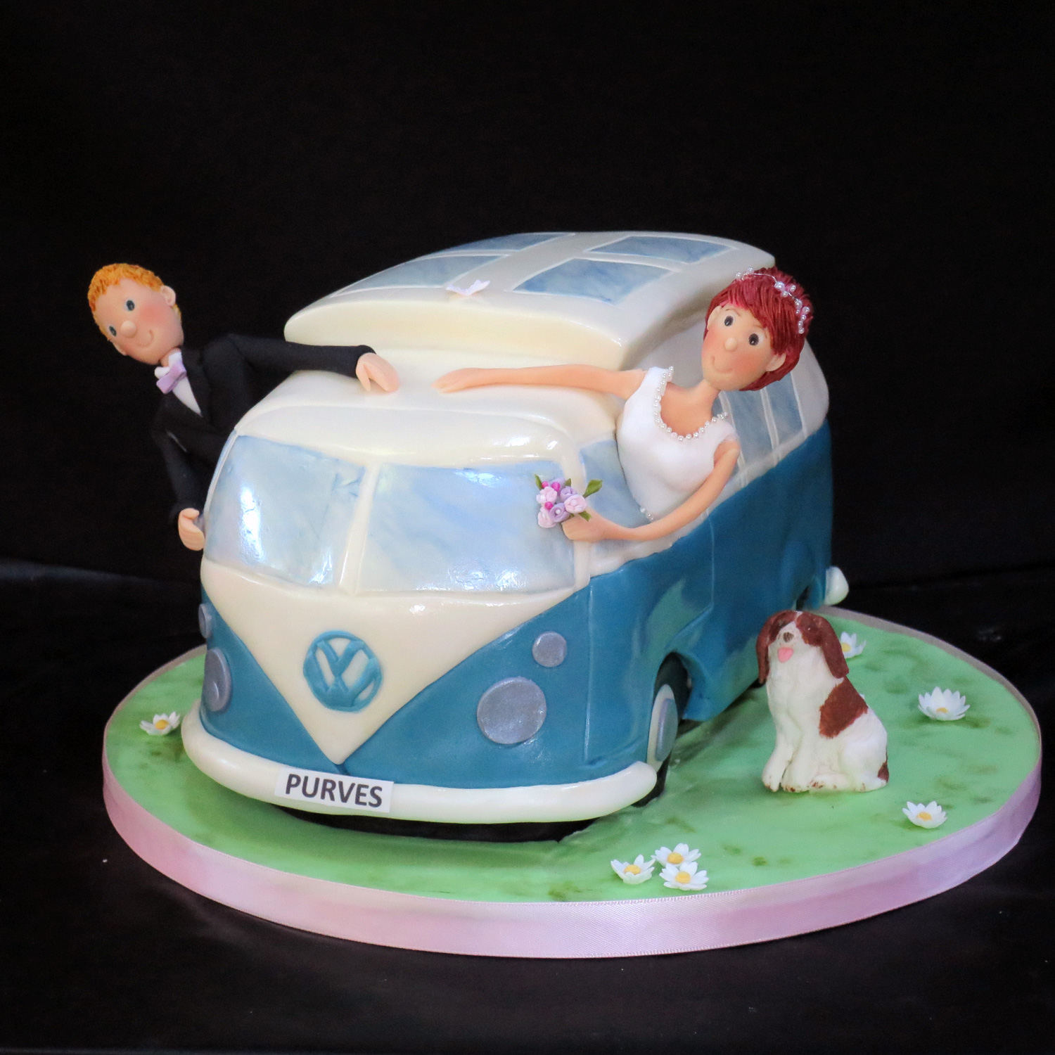 V W Camper Van Wedding Cake