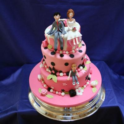 Cerise and Pink Themed Topsy Turvy Wedding Cake