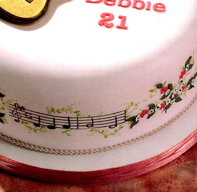 Cake decorated with music stave and clef cutters