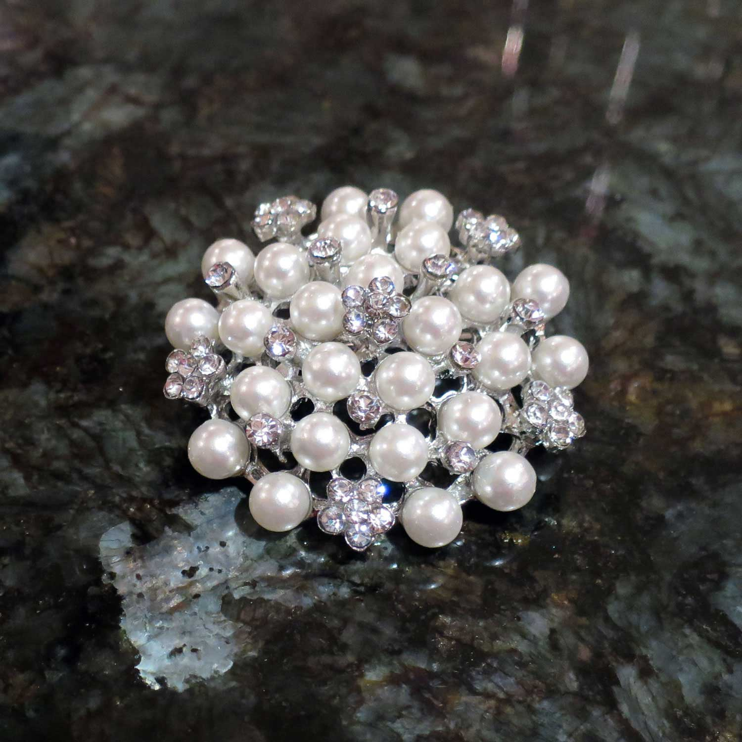 Pearl Diamante Cake Brooch