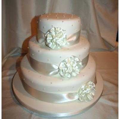 Cake with Silk Ribbon Bows